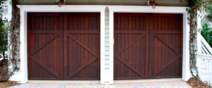 custom-wood-garage-door-paradise-valley